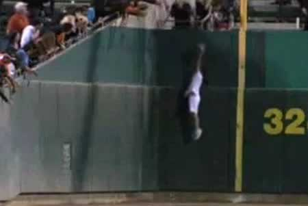 ballgirl amazing catch