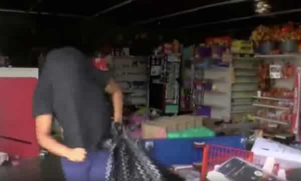 looters rob family dollar reporter confronts looters